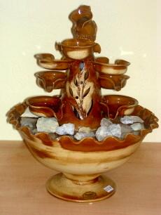 Zimmerbrunnen aus Keramik