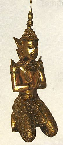 Buddha kniend