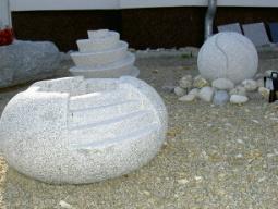 Granitquellsteine