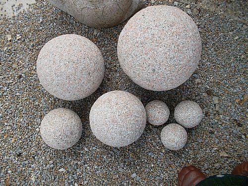 Granitkugeln