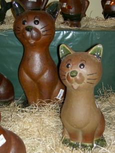 Katzen aus Steinzeug